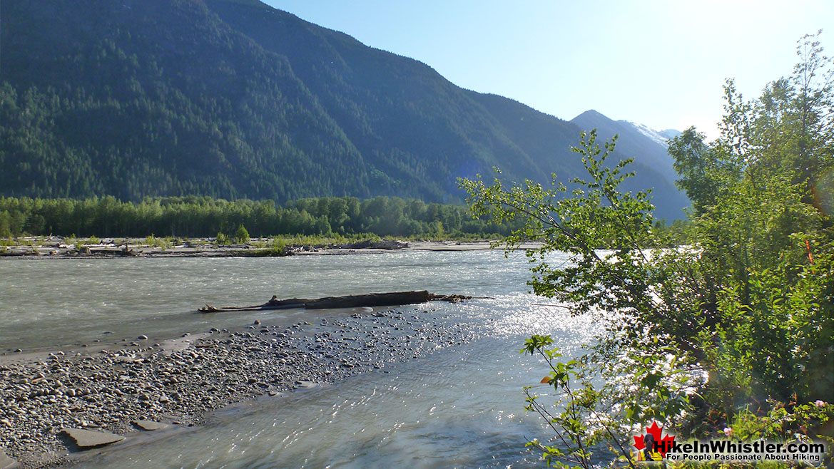 Driving to Keyhole Hot Springs Lillooet River
